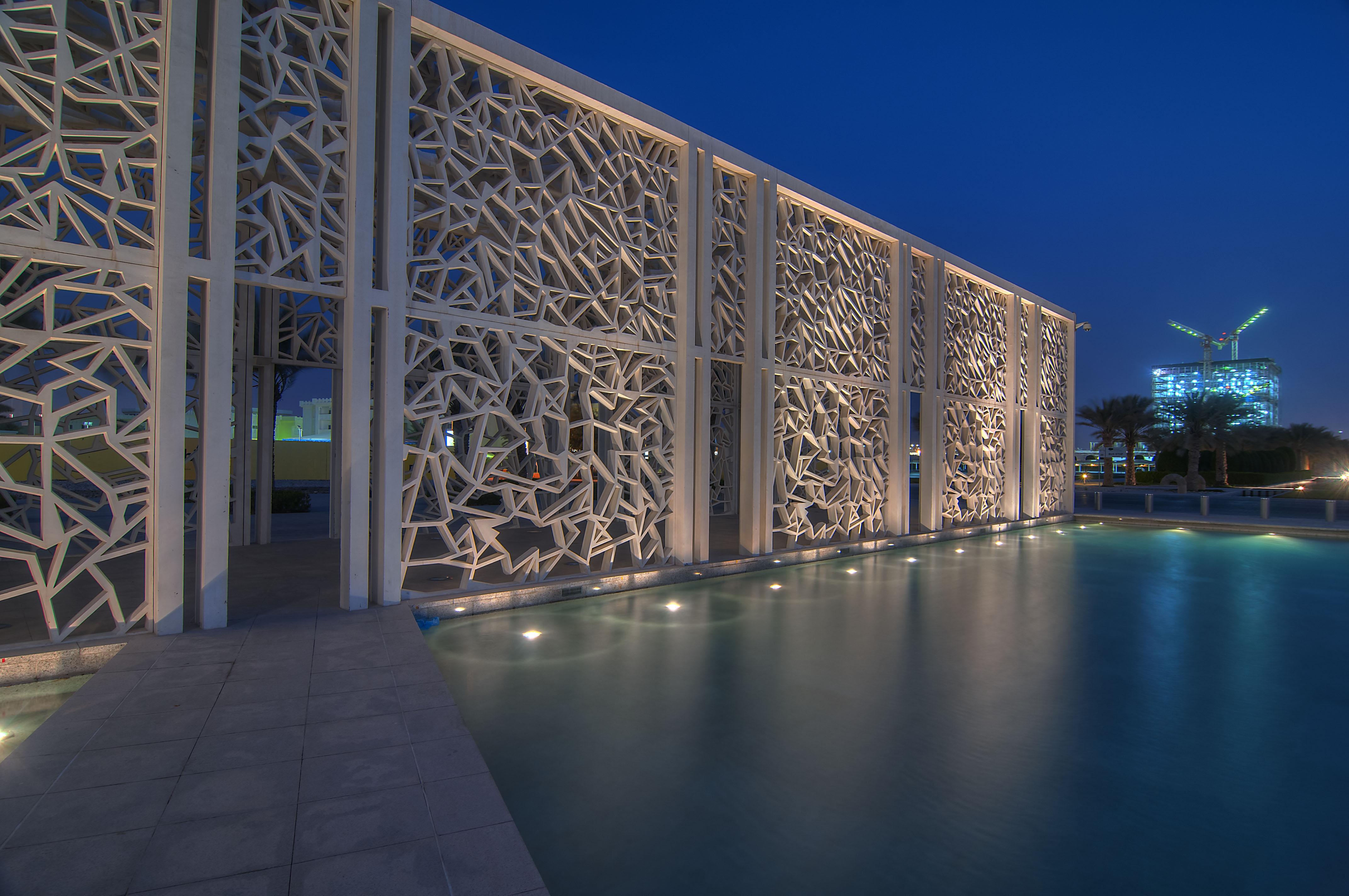 doha_qatar_march-passageway_ceremonial_court_education_city